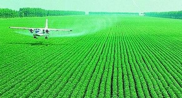 农业喷药飞机