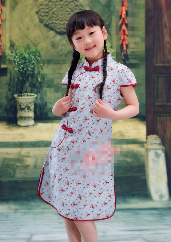 超可爱小姑娘穿旗袍8