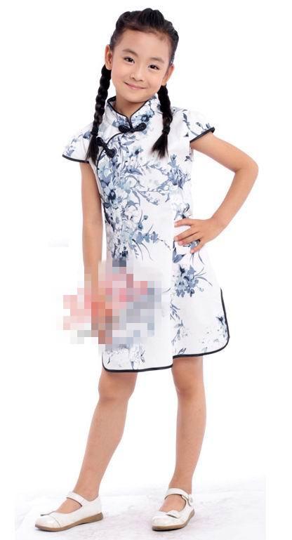 超可爱小姑娘穿旗袍4