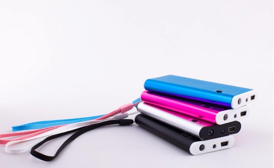 手机充电宝-移动的备用电源