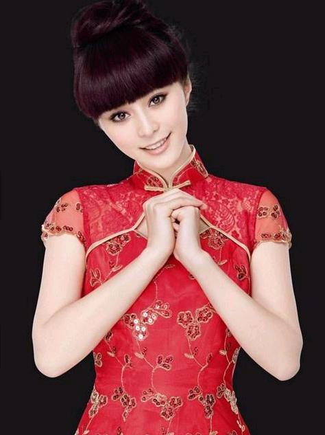 旗袍美女孙俪、杨幂、范冰冰、李宇春谁更好看?
