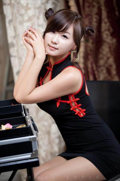 性感旗袍的代表_韩国美女柳智惠写真