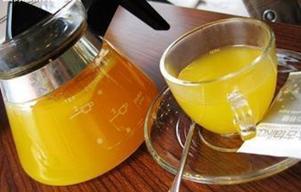 北京王朝大酒店的金桔茶很好喝 怎么做?