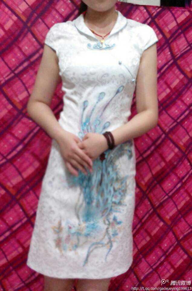 看我穿旗袍好看不?