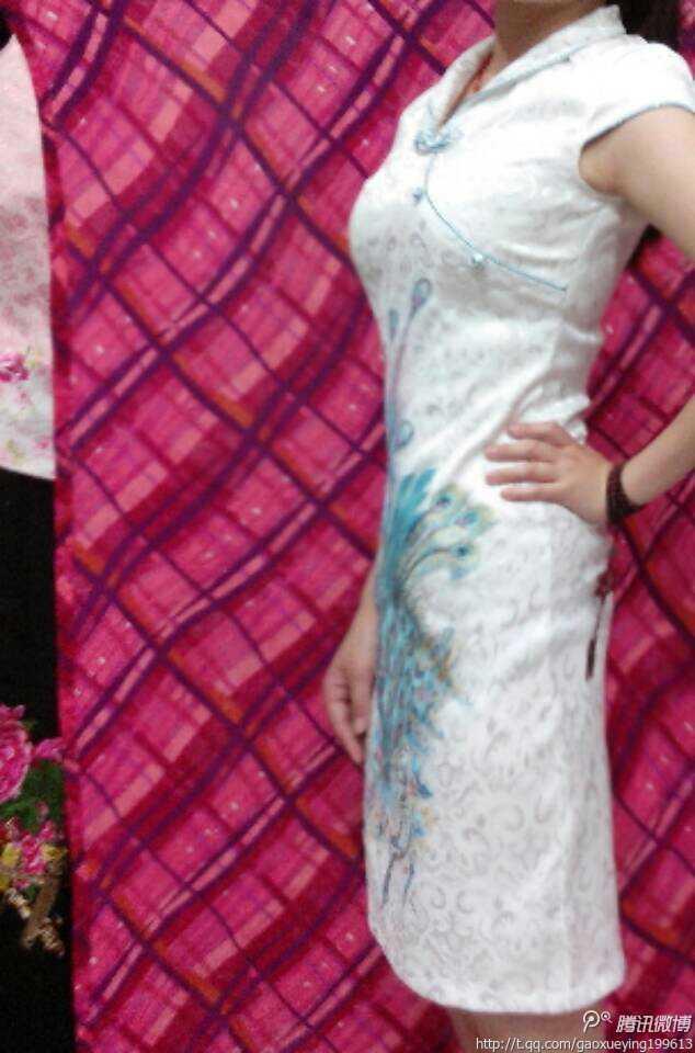 看我穿旗袍好看不2