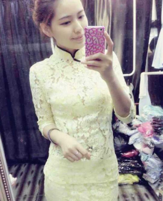旗袍裙的活广告