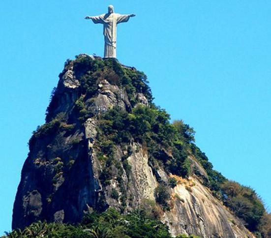巴西的山上雕像