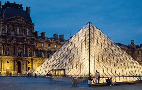 法国罗浮宫