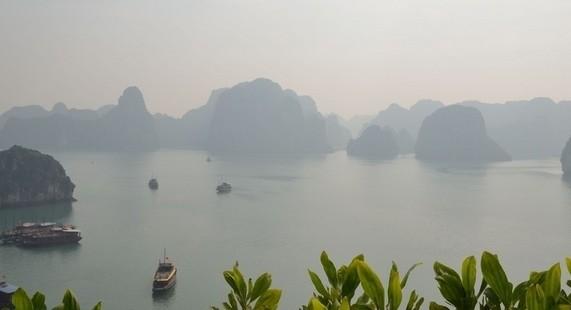 越南下龙湾的迷人风景
