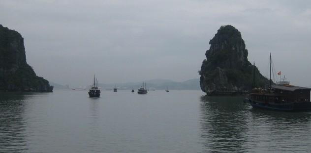 越南下龙湾的游船
