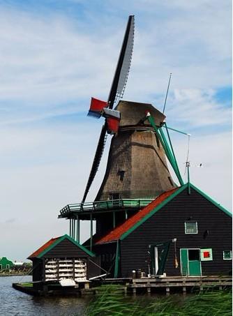 荷兰签证-荷兰风车让你感受到田园生活