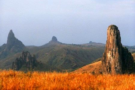 喀麦隆的民俗风情和旅游景点