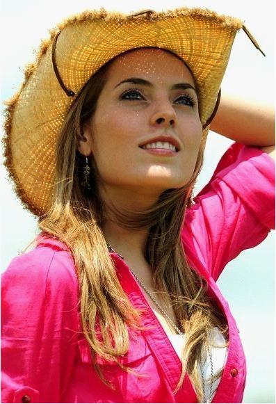 萨尔瓦多美女_表达中美洲人民的热情风格