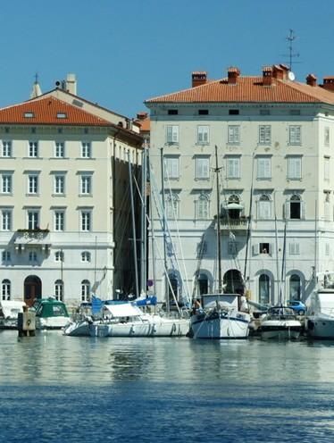 斯洛文尼亚首都藏书最多的国家
