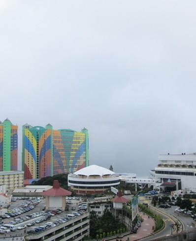 马来西亚以新柔长堤和第二通道连接新加坡
