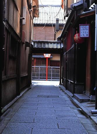 日本国旗代表的意义-白色衬底象征纯洁