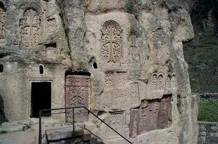 亚美尼亚建筑雕刻艺术