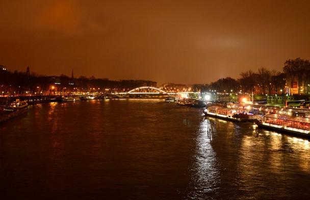 法国巴黎塞纳河.jpg