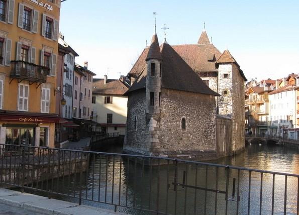 法国小镇.jpg